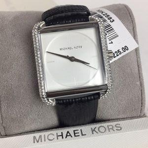 Michael Kors authentic women's fashion watch